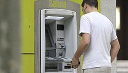 Facua denuncia a 5 entidades bancarias por clausulas suelo