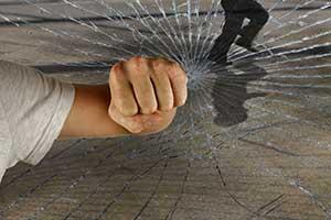 Delitos leves, maltrato, amenazas